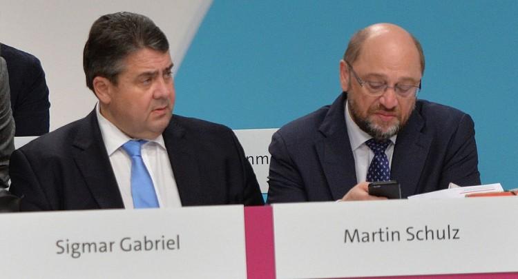 2015-12_SPD_Bundesparteitag_by_Olaf_Kosinsky-56 (2)
