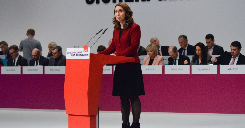Aydan_Özoğuzl_SPD_Bundesparteitag_by_Olaf_Kosinsky-145