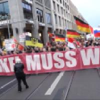 Das deutsche Volk wird sein eigenes Land zurückerobern
