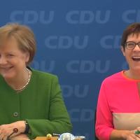 Kurzinterview mit der neuen Verteidigungsministerin Annegret Kramp-Karrenbauer