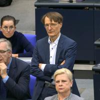 Vor allem AfD und Grüne, aber auch FDP und Linke verhindern Spahns Widerspruchsregelung