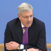 Norbert Röttgen will CDU-Vorsitzender werden: Wer ist dieser Mann?