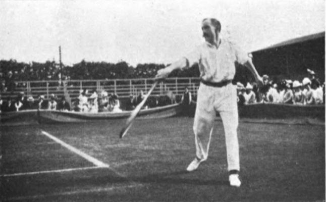 Arthur Gore at Wimbledon 1901 - Unknown authorUnknown author, Public domain, via Wikimedia Commons